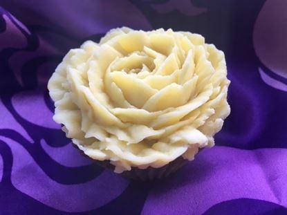 bespoke artisan handmade natural cupcake soap peterborough