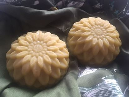 conditioning nourishing fragrant vegan natural sunflower soap peterborough uk